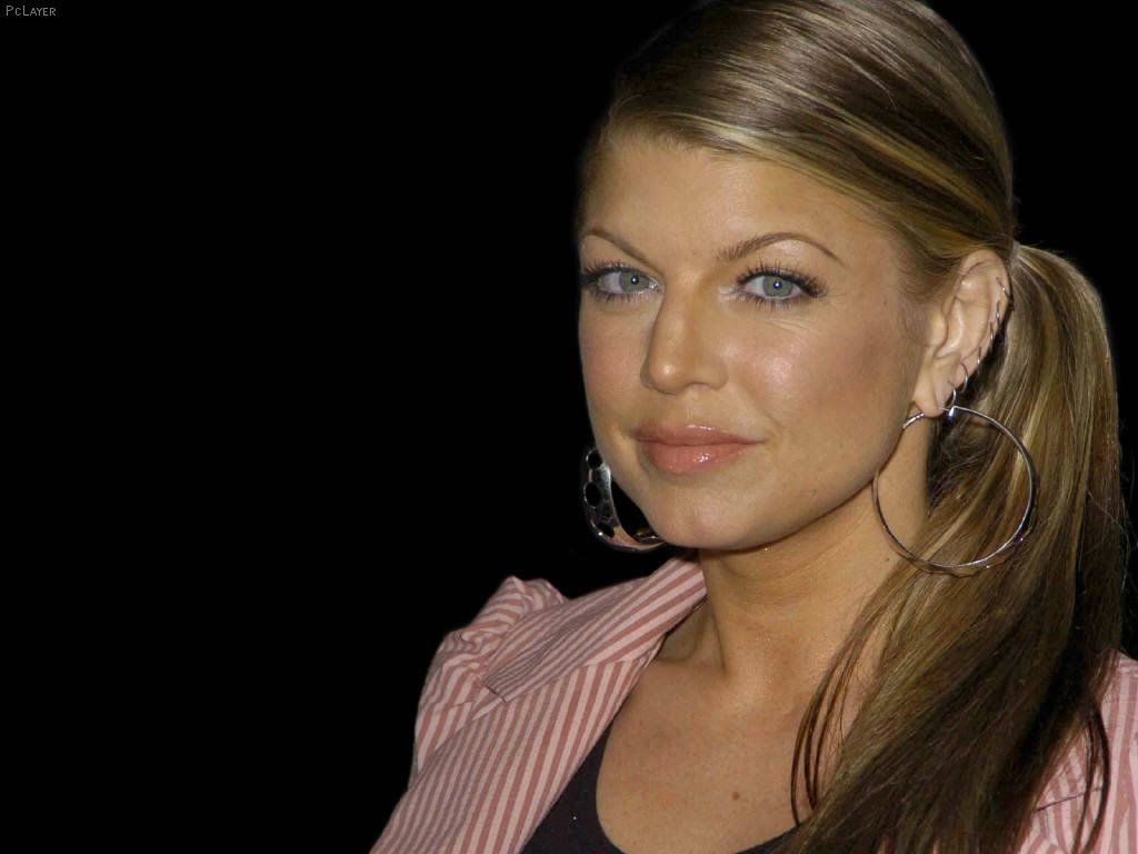 fergie-without-makeup-wallpaper